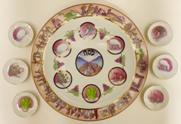 Richard-Sigberman-Exodus-Seder-plate